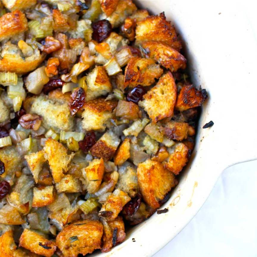 CRANBERRY, TURKEY SAUSAGE AND HERBSTUFFING