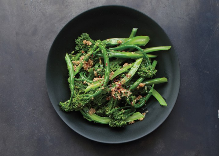 broccolini-with-spicy-sesame-vinaigrette
