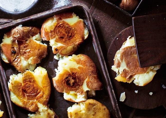 smashed-roasted-potatoes-646