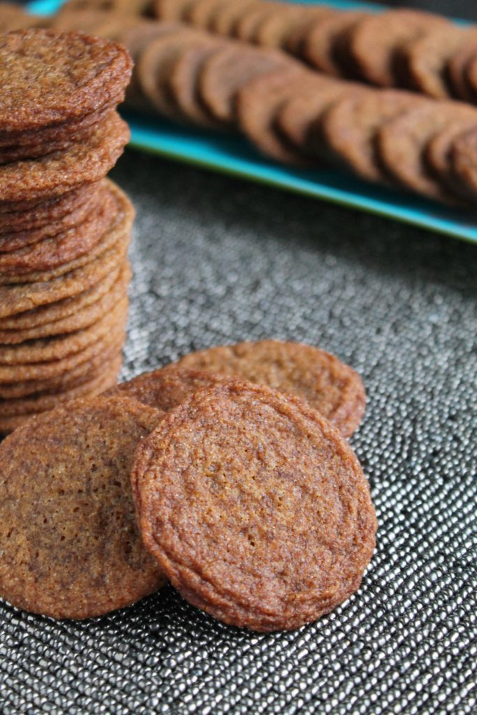 chewy-molasses-cookies-2-683x1024
